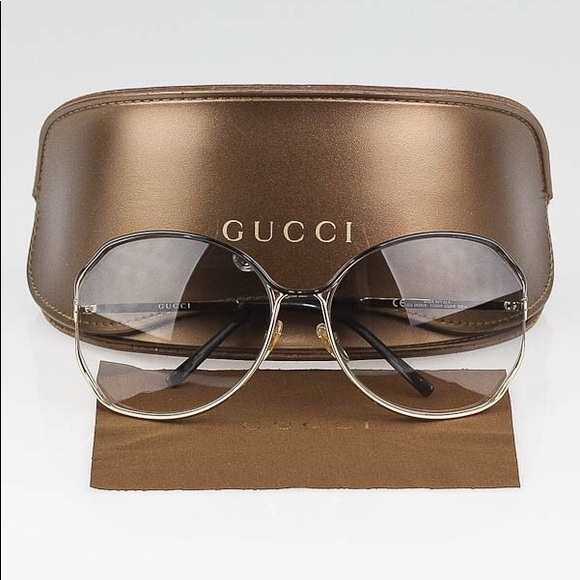 5860d3e8ff5 Gucci Accessories - GUCCI Gold Oversize Frame GG Sunglasses 2846 S